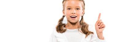 全景拍摄的快乐的孩子有想法孤立在白色